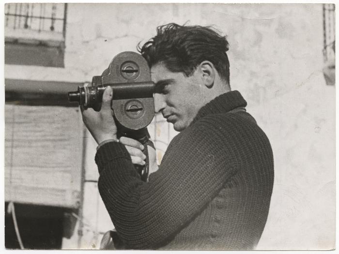 Robert Capa Seville